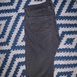 Women's Abercrombie and Fitch Grey Jeans (size 24)